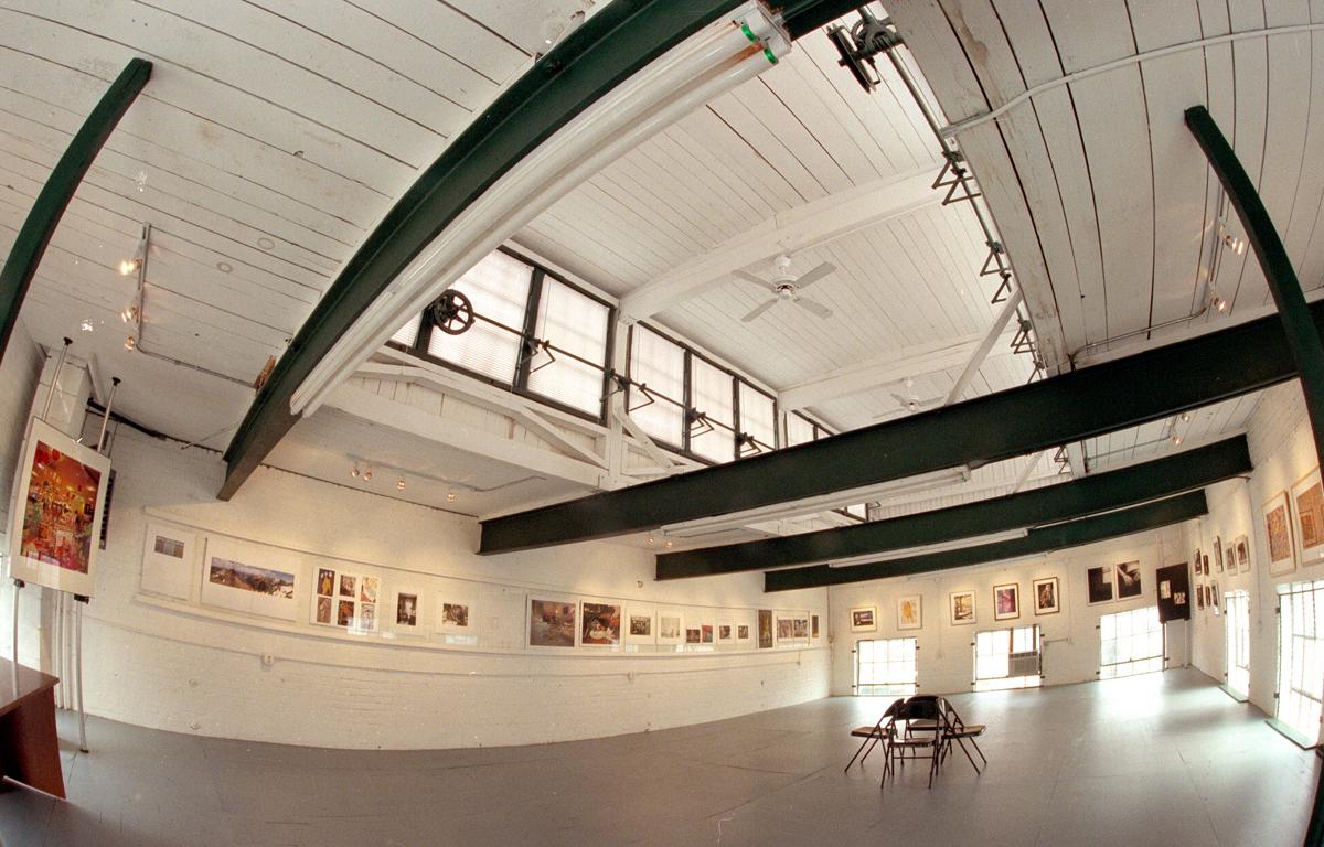 Pivot Gallery